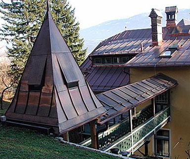 Dach aus Kupfer